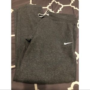 NIKE Grey Sweatpants • XL